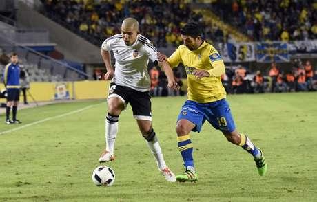 Rodrigo empurra Valencia para as