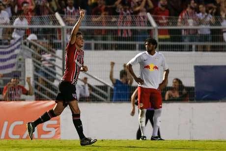Ganso, jogador do São Paulo FC, comemora seu gol durante partida contra o Red Bull Brasil, válida pela primeira rodada da primeira fase do Campeonato Paulista 2016.
