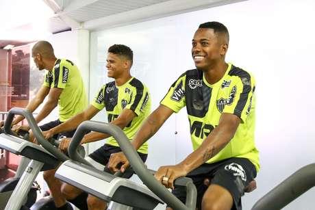 Robinho assinou com o Atlético-MG por duas temporadas