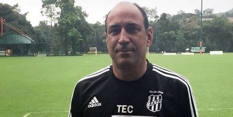 Ausência de vitórias após quatro jogos no Paulistão causa demissão do treinador. Dirigente lamenta início de temporada da Macaca sob comando do técnico: 'Não deu liga'