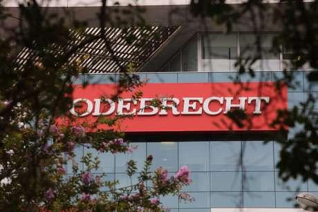 Justiça suspende bloqueio de bens da Odebrecht