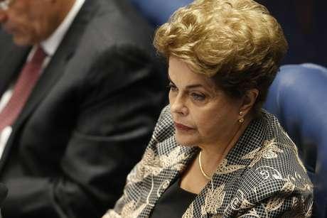 """""""Agora, atividade política, eu nunca vou deixar de fazer. Eu não afasto a possibilidade de me candidatar ao cargo de senadora ou deputada"""", diz a ex-presidente Dilma"""