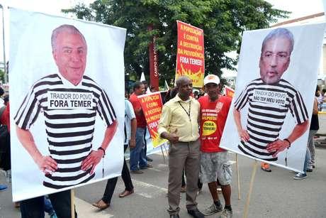 Manifestantes voltam às ruas contra reforma da Previdência