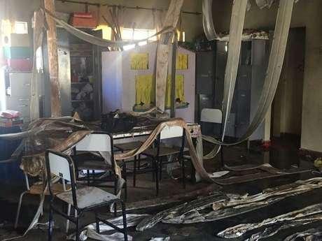 Sala da creche ficou destruída pelo fogo