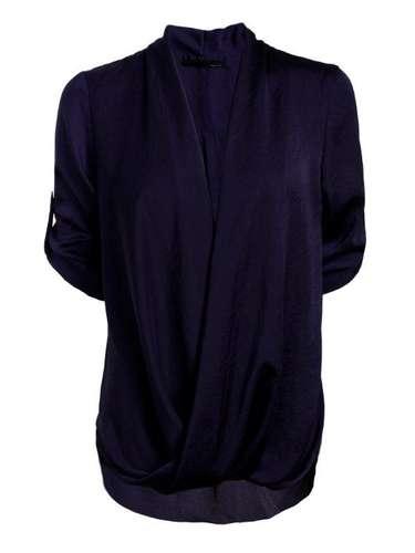 Camisa preta Sacada, R$ 288, Tel. 11 3081-1618