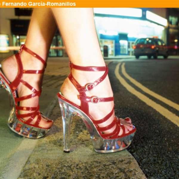es legal la prostitución el chulo de las prostitutas