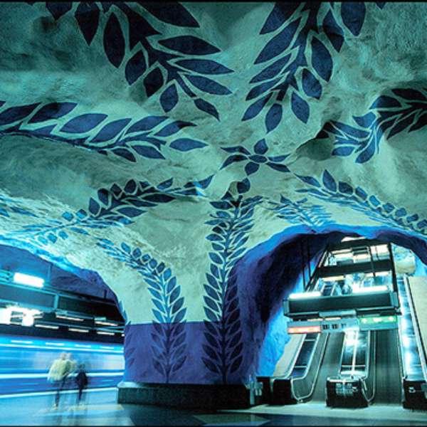 Estaciones de metro espectaculares un tour subterr neo - Metro de estocolmo ...