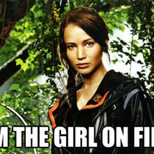 Anne Hathaway Gana: Los Memes Inspirados En La Caída De Jennifer Lawrence