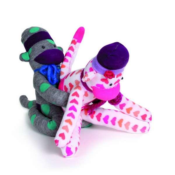 Sock monkeys protagonizan nueva versi n del kamasutra for Figure del kamasutra