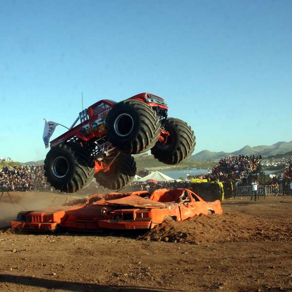 39 monster truck 39 el espect culo que termin en tragedia for Noticias de espectaculo mexicano