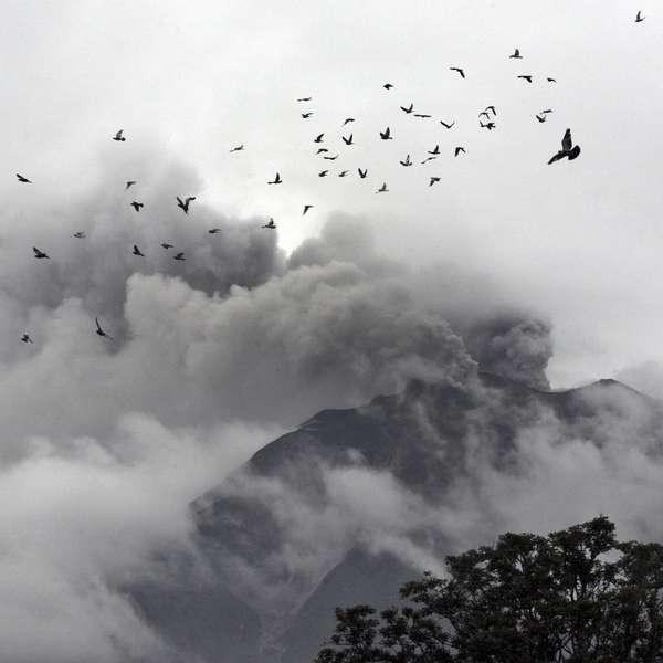Fotos Vulcao Indonesia de Vulcão na Indonésia