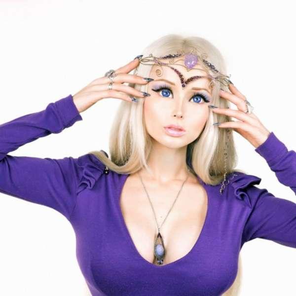 Galeria Valeria: Fotos: Barbie Humana Y 'muñecos Vivientes', Una Obsesión