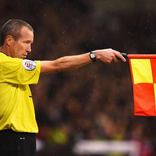Qu es fuera de lugar en el futbol significado y reglas for Regla fuera de juego futbol