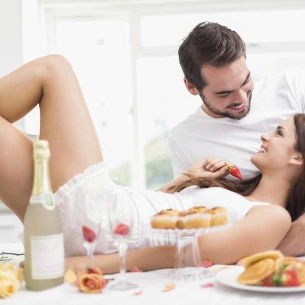 Comida en bragas sexo