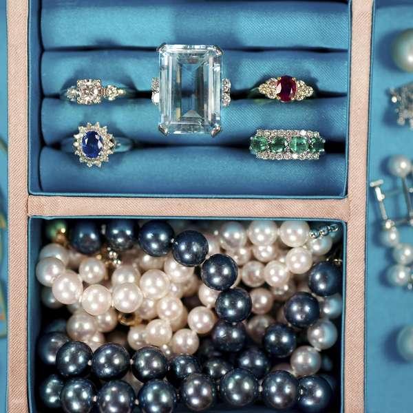 C mo limpiar y cuidar tus joyas de oro plata y diamantes - Limpiar oro en casa ...