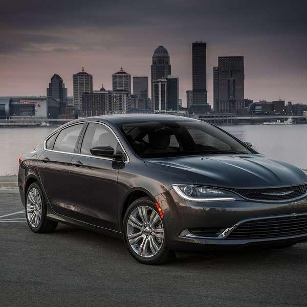Fiat Chrysler Retira 85,816 Vehículos Chrysler 200