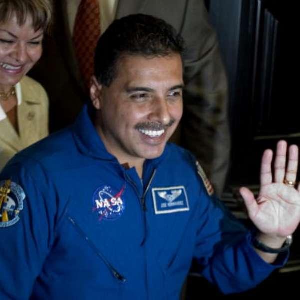 biografia de jose hernandez astronauta - photo #23
