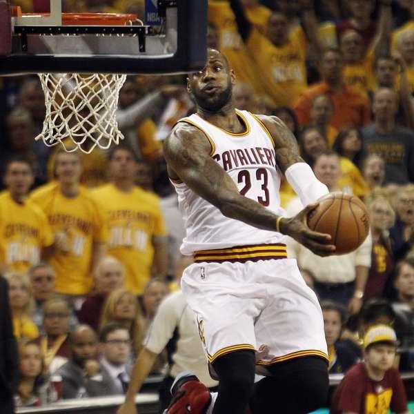 Com show de LeBron James, Cavs voltam a vencer Raptors e abrem 2 a 0