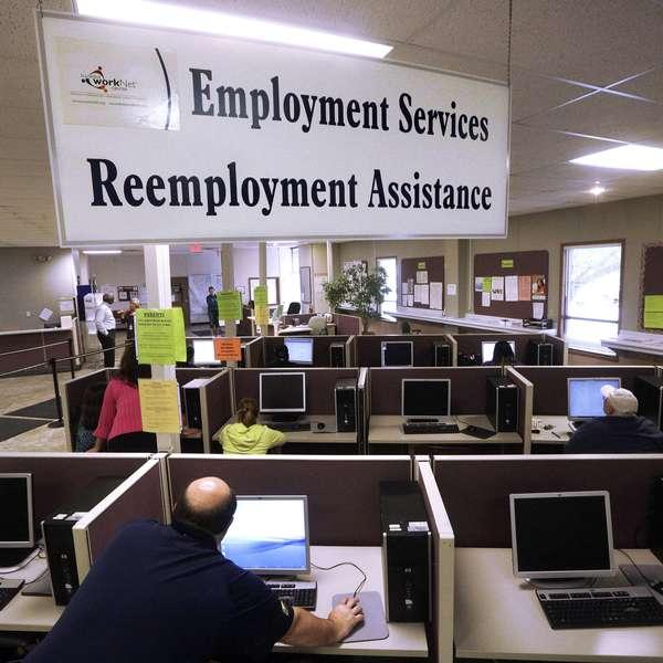 Aumentan pedidos de ayuda por desempleo en eeuu for Oficina de desempleo
