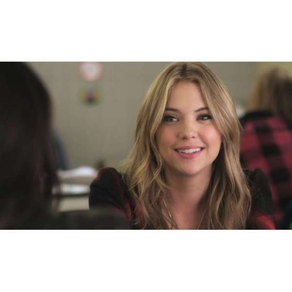hanna marin pretty little liars