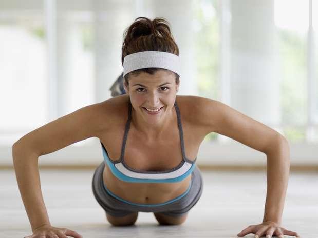 Подскажите, можно ли увеличить грудь с помощью упражнений, и как это сделат
