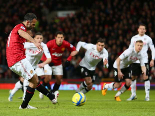 http://p2.trrsf.com/image/fget/cf/67/51/images.terra.com/2013/01/26/1-giggs.jpg