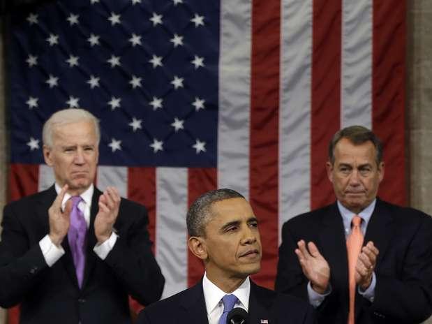 Barack Obama fez seu discurso à frente do vice-presidente Joe Biden e do deputado John Boehner, presidente da Câmara dos Representantes Foto: AP