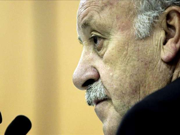 Del Bosque no responde a Mourinho: &quot;No es asunto m&iacute;o&quot; Foto: Agencia EFE / &copy; EFE 2013. Est&aacute; expresamente prohibida la redistribuci&oacute;n y la redifusi&oacute;n de todo o parte de los contenidos de los servicios de Efe, sin previo y expreso consentimiento de la Agencia EFE S.A.