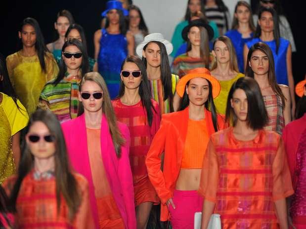Sacada se inspirou nas artes plásticas e traz verão supercolorido e quente Foto: Daniel Ramalho / Terra