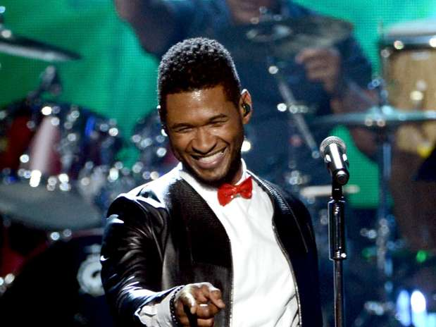 Usher, Jennifer Hudson & More Perform Live In Los Angeles