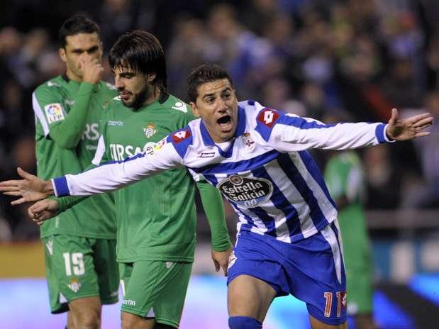 Riki estará a disposición de Fernando Vázquez ante el Betis Foto: AFP