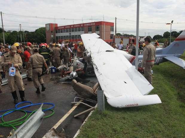 Piloto domonomotor modelo Cessna 2010, que se acidentou há uma semana em Belém, morreu na madrugada desta sexta-feira Foto: Igor Mota / Futura Press