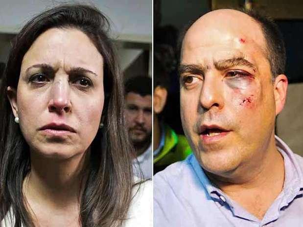 """""""Eso salvaje que se está viviendo en Venezuela es incomprensible para cualquier país del mundo"""", indicó el legislador opositor, quien aseguró que estos golpes son """"al país entero"""". Foto: Reuters en español"""