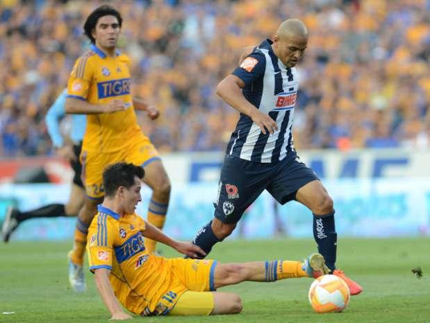 Rayados de Monterrey vs. Tigres Foto: Mexsport
