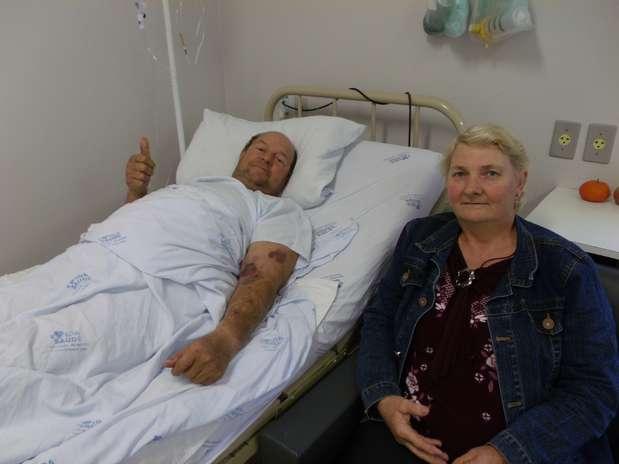 Serra foi tirada da barriga de GregórioSteinmetz durante cirurgia no hospital de Santa Rosa Foto: Assessoria do Hospital Vida e Saúde / Divulgação