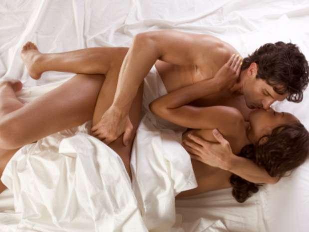 Algumas posições são mais indicadas para os três primeiros meses de relacionamento Foto: Getty Images