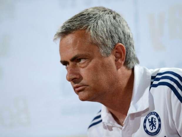 José Mourinho piensa que su compatriota Cristiano Ronaldo seguirá vistiendo de blanco Foto: Getty Images