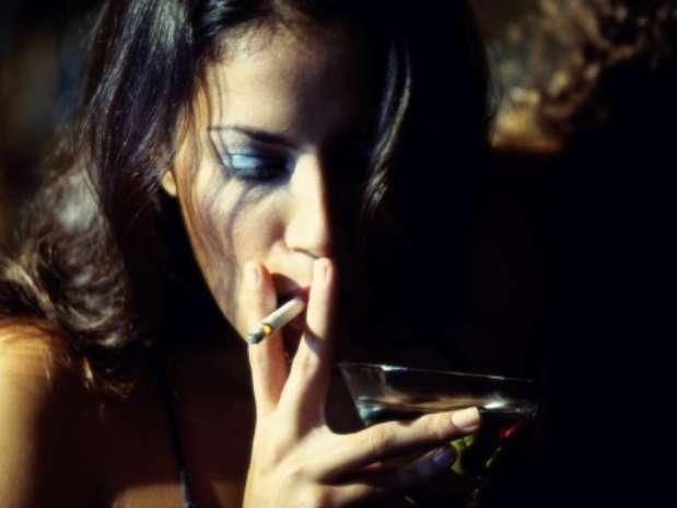 Сигареты и алкоголь более опасны для женщин, чем для мужчин. Кормление гру