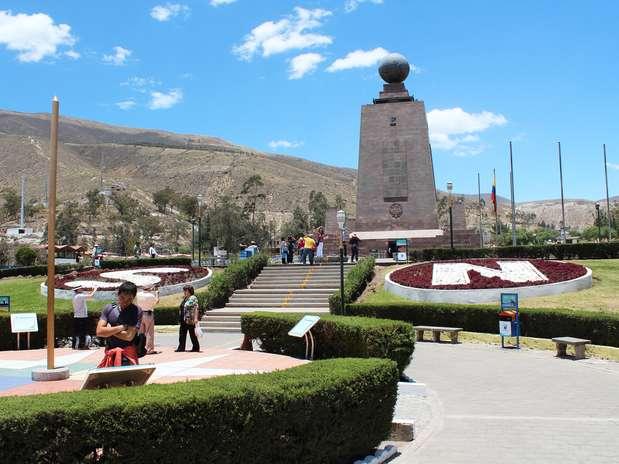 Ciudad La Mitad del Mundo é um dos pontos mais procurados pelos turistas em Quito Foto: Juliana Rigotti / Terra