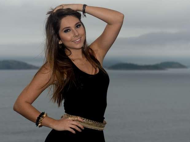 A jovemCarolina Portaluppi disse ter se surpreendido com vazamento de suas imagens na web Foto: Mauro Pimentel / Terra