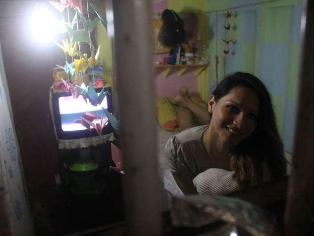 Allison Parente Lima, 24 anos, que se apresenta como Julye, responde processo e aguarda julgamento por tráfico de drogas Foto: Filipe Faraon / Especial para Terra