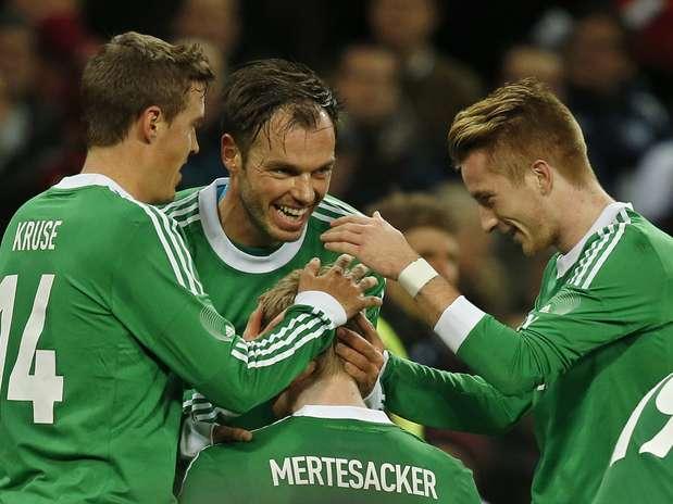 Mesmo em Webley e com um time experimental, a Alemanha venceu por 1 a 0 Foto: AFP