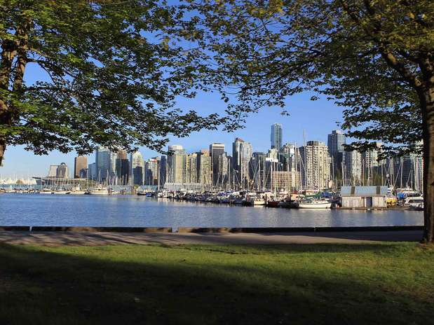 0 Shades Of Grey' Casting Extras, Stand Ins In Vancouver
