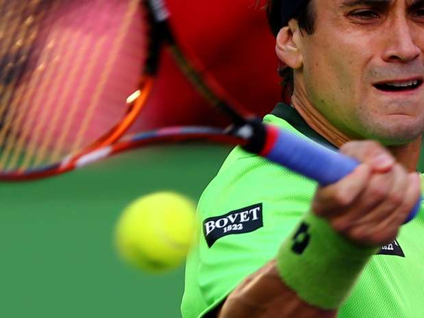 Ferrer só teve dificuldades no segundo set Foto: AFP