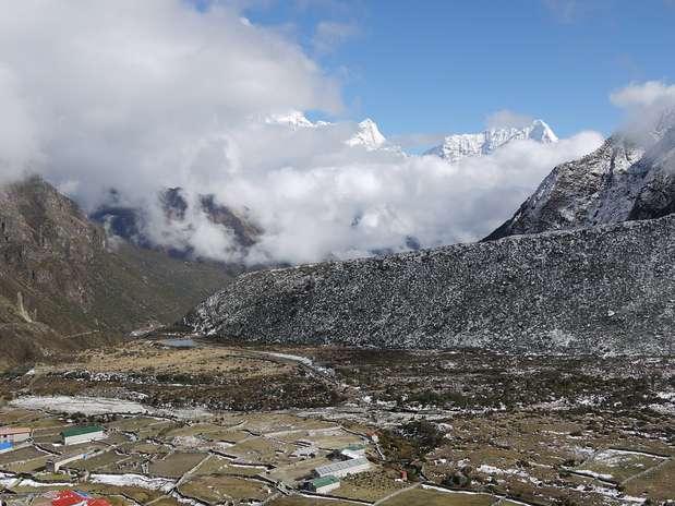 Balthali Nepal  city photos : Trilhas de Balthali, Nepal As opções de trilhas abundam no Nepal ...