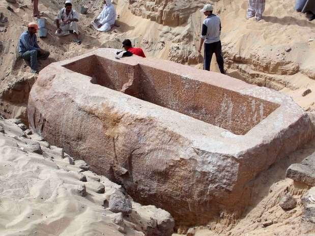 Sarcófago do soberano Sobekhotep Ier,  faraó da 13ª dinastia do Antigo Egito, pesa mais de 600 toneladas Foto: AFP