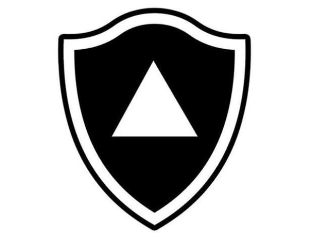 Sátira da internet coloca pirâmide em escudo do Botafogo Foto: Reprodução