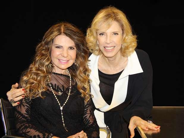 Cantora de 62 anos ao lado da apresentadora Marília Gabriela em entrevista que vai ao ar no domingo Foto: Carol Soares / Divulgação