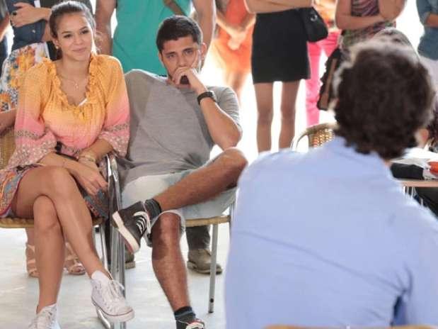 Luiza já sabe o nome da música que Laerte fez para a antiga namorada Foto: TV Globo / Divulgação