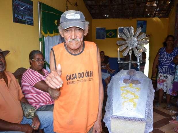 João Marcos apareceu no próprio velório para falar que estava vivo Foto: Blog do Anderson / Divulgação